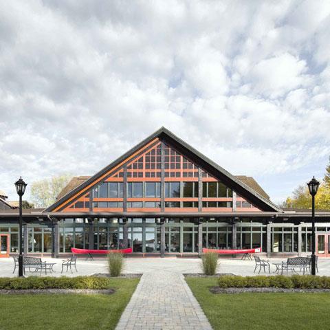 Centre de conférence du Château Montebello<br>2009