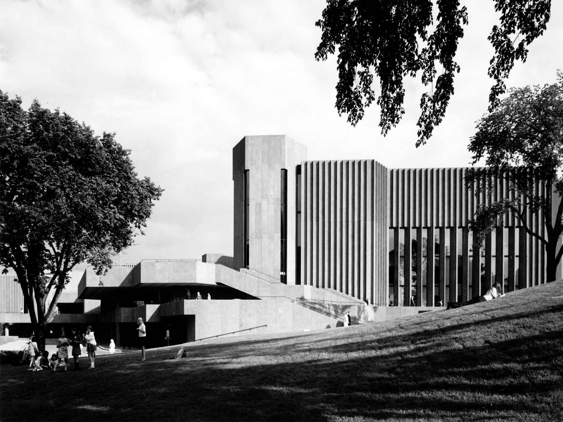 Centre national des Arts<br>1969