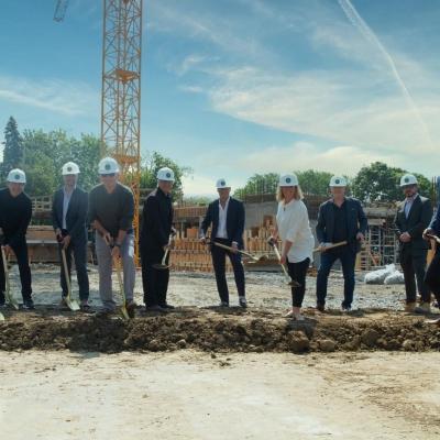 Première pelletée de terre au nouveau Campus du Collège Sainte-Anne!